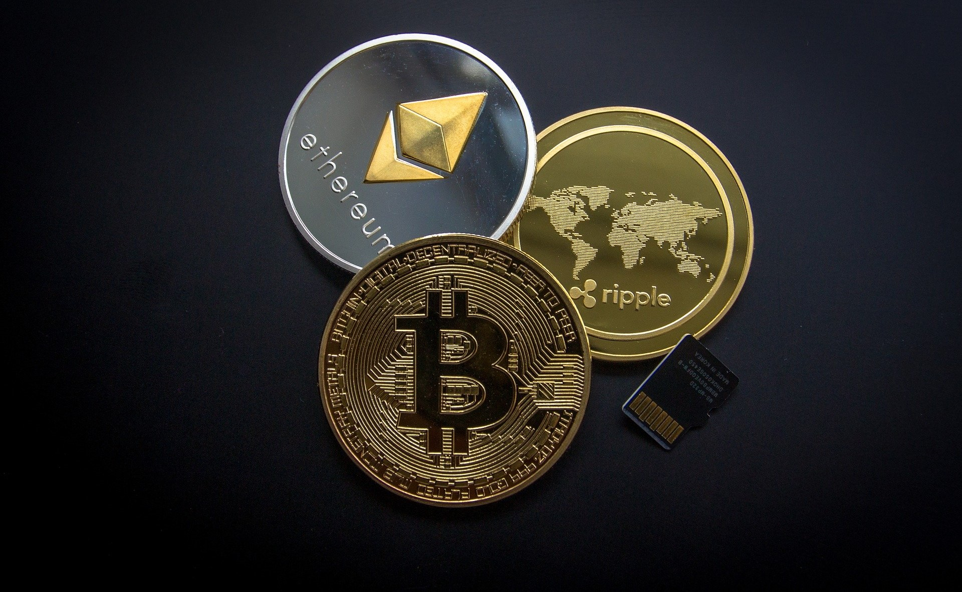 仮想通貨3種